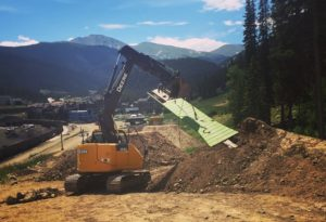Slopeside course building