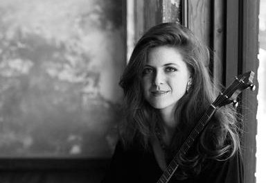 Fraser Valley Folk Concerts features Kelly Hunt on March 16