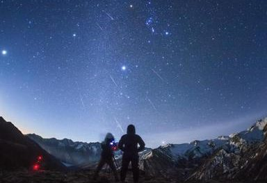 One of the best meteor showers of the entire year reaching its pinnacle