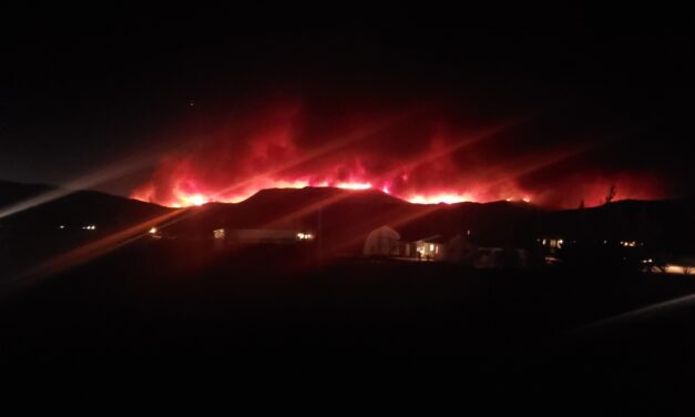 East Troublesome Fire forces evacuations to Highway 34